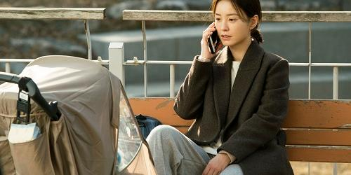 '82년생 김지영' 개봉 초기 흥행, '말레피센트2'와 '조커'도 관객몰이