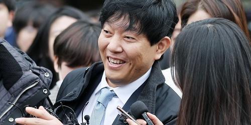 [오늘Who] 마침내 웃은 이재웅, 박재욱에게 '타다' 마음편히 맡긴다